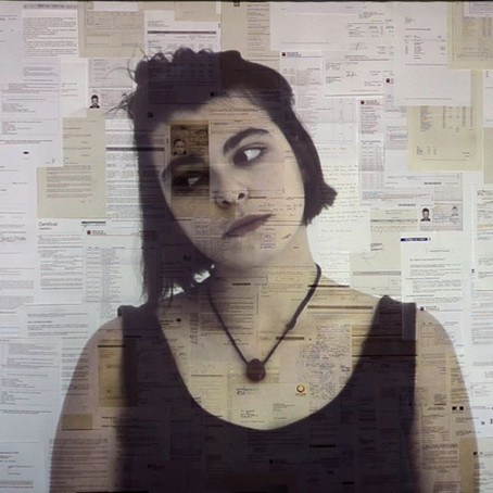 Juan Ferrari : «the medium is the message»* ou l'évidence d'un art politique.