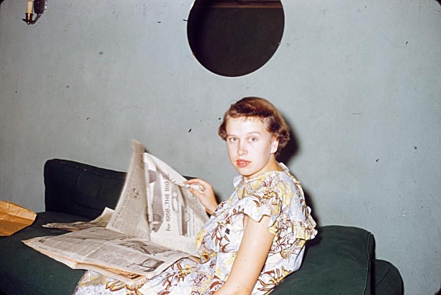 Mom, 23, Hawaii nurses' dorms