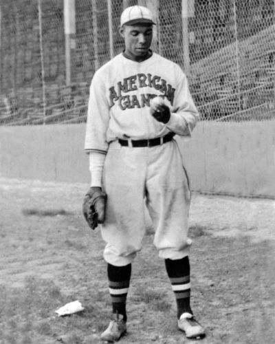 Bill Foster in Chicago American Giants Uniform