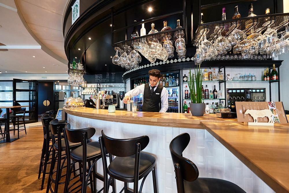Hasselt Hotel Brasserie Boulevard Starbucks Bar