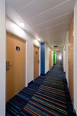 Holiday Inn Express Antwerp Corridor.jpg