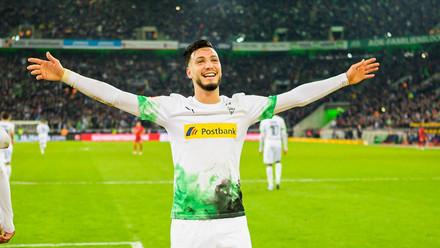 "Ramy Bensebaini ouvre son ""compteur buts"" en Bundesliga face au Borussia Dortmund !"
