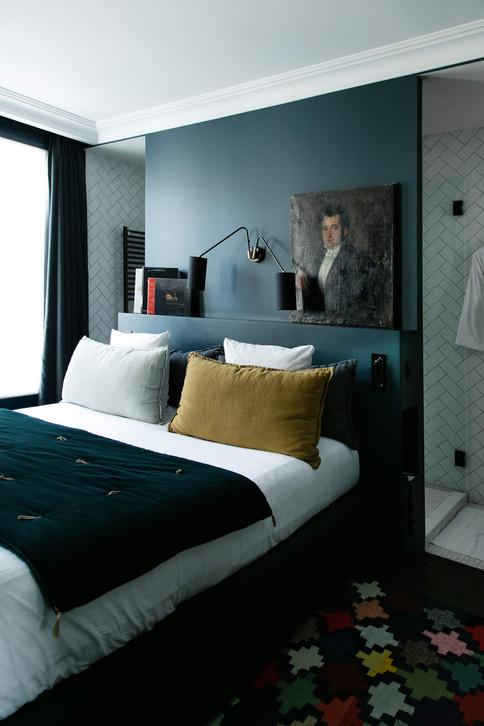 pauline-dhoop-hotel-coq-1.jpg