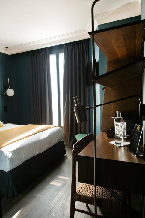 pauline-dhoop-hotel-coq-3.jpg