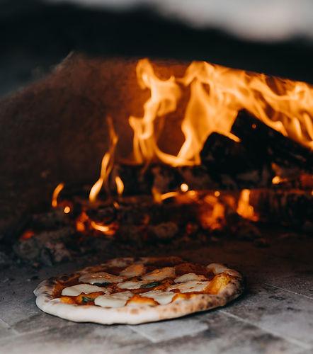 pizza in oven 2.jpg