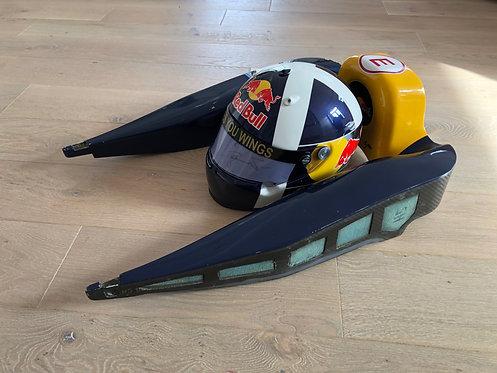 Head rest Appuie tête Red Bull : David Coulthard - 2006 + Helmet replica