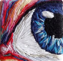 Oeil bleu