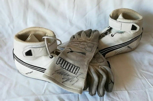 Shoes + Gloves Race used signed - Lucas Luhr - BMW Alms Rahal - Z4 GT2 - 2015