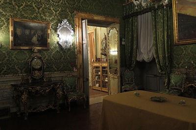 04 ドーリア・パンフィーリ宮殿(美術館)ある室内.jpg