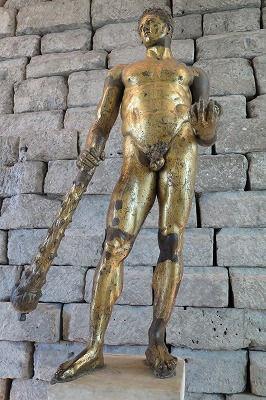 18ヘラクレスの化身としてのコモドゥス帝(BC2世紀).jpg