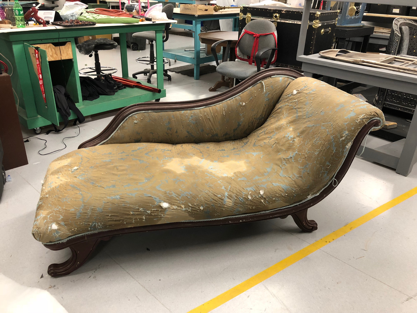 Distressed Chaise
