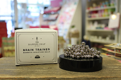 Brain trainer, magnetic sculpture balls