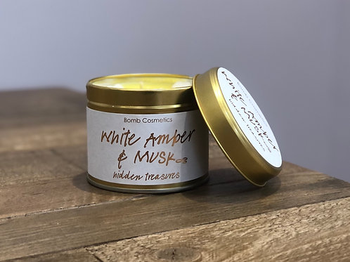White Amber & Musk Candle