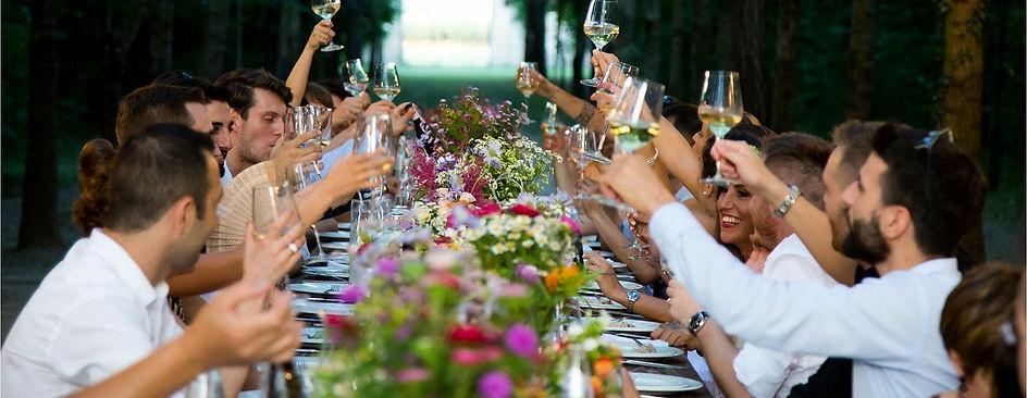 wedding people-3330590_1920.jpg