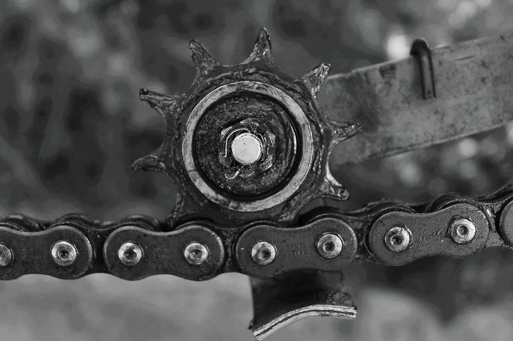 chain-1631375.jpg