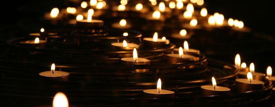candlelights-1868525.jpg