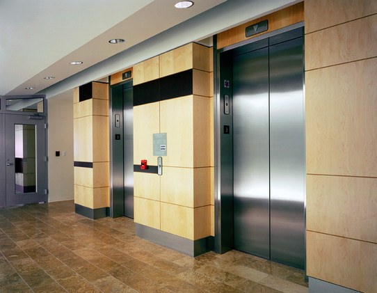 gallery-image-high-bluff-business-center
