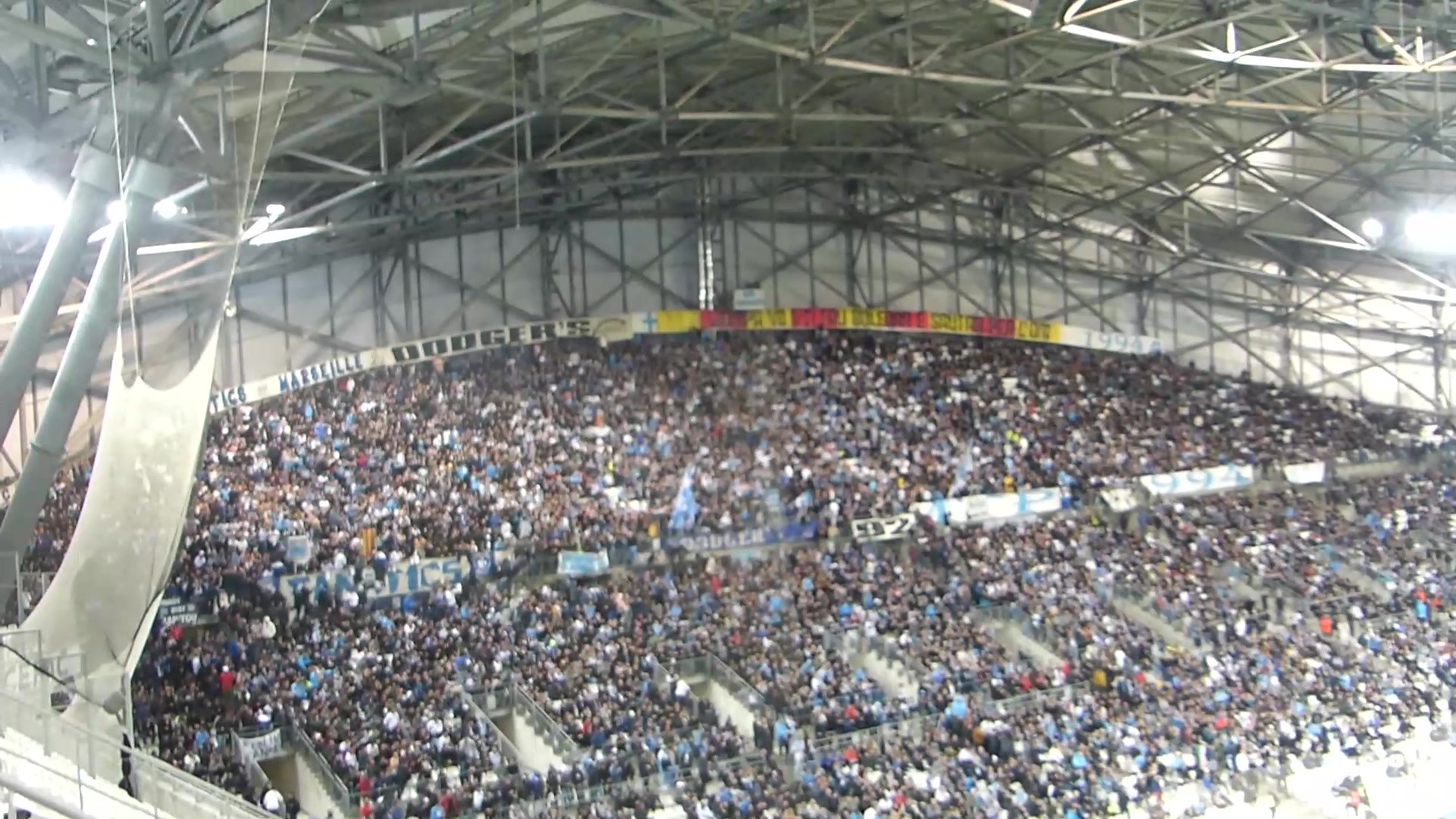 Show mi-temps Freestyle Football pour OM-Nice