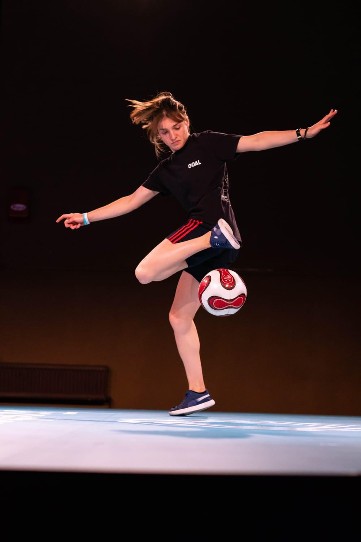 Yoanna Dallier lors des championnats d'Europe de freestyle football à Budapest