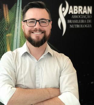 Dr. Audie Nathaniel Momm - Médico, Nutricionista