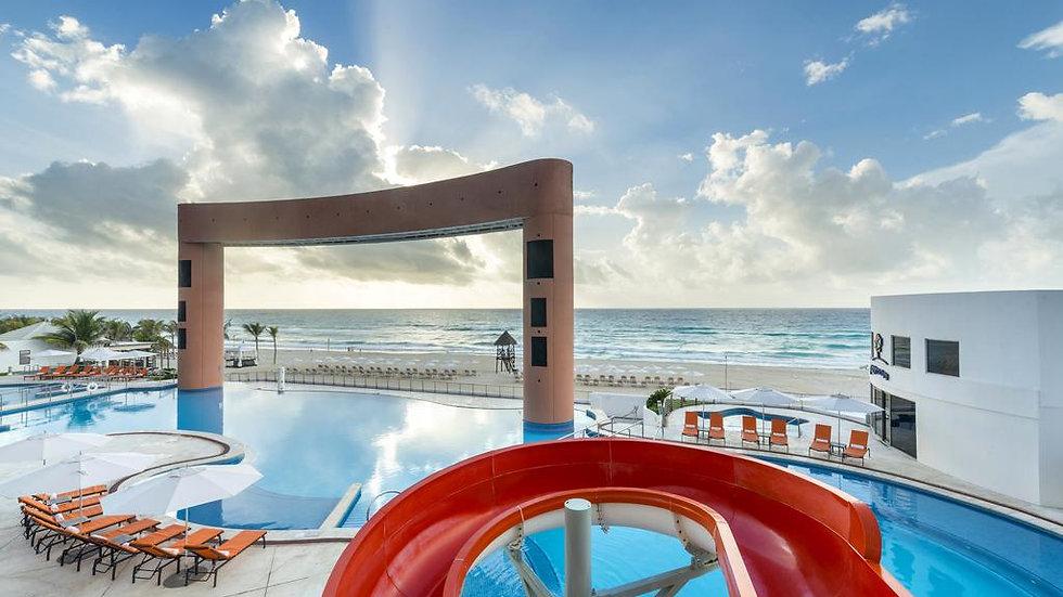 비치 팰리스 Beach Palace