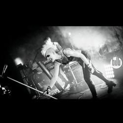 josie-live-3