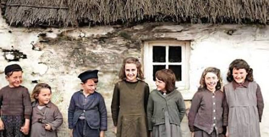 Old Ireland in Colour Book