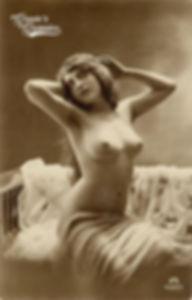 DM vintage nude pinup