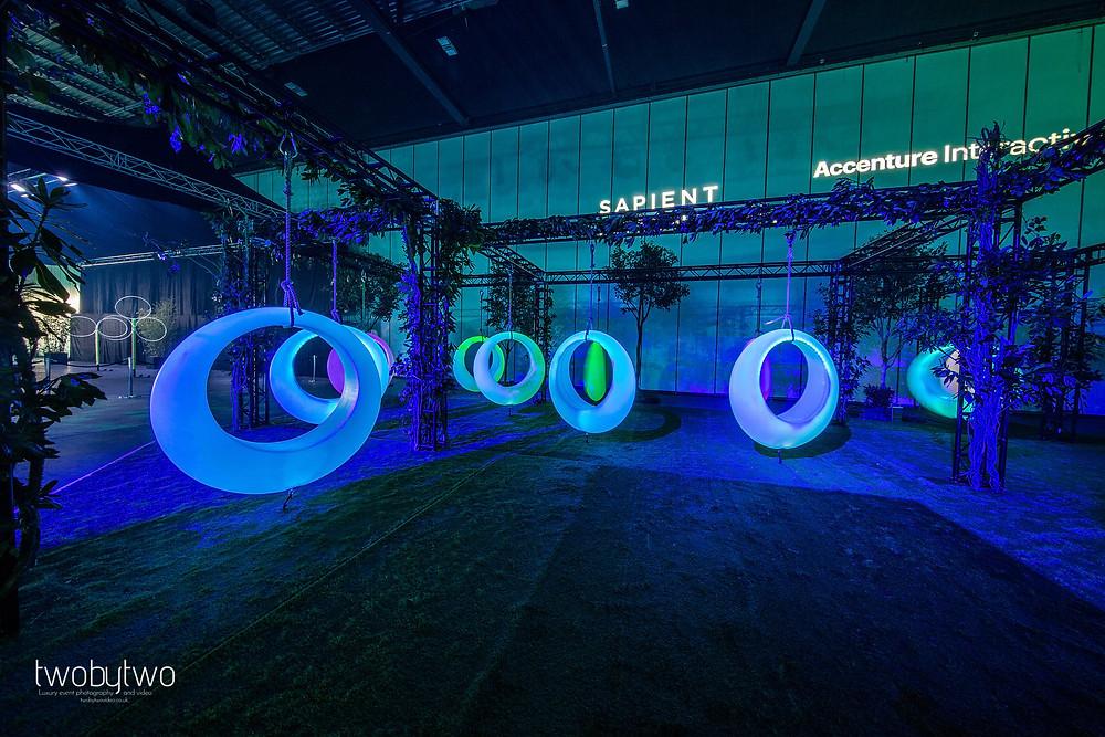 LED Virtual reality swings