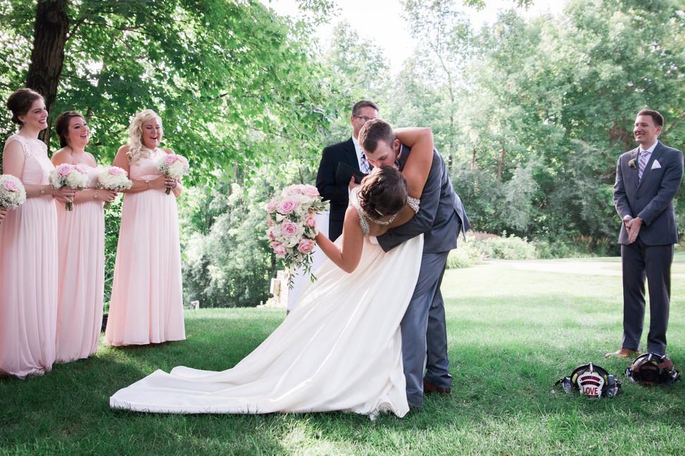 Wedding Photo - Oak Ridge Hotel and Conference Center - Chaska Minnesota