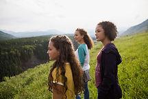 Las niñas en la naturaleza