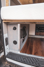 Ford-Transit-Campervan-Conversion-9410.J