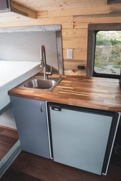 Ford-Transit-Campervan-Conversion-9421.J