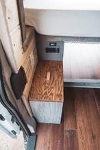 Ford-Transit-Campervan-Conversion-9420.J