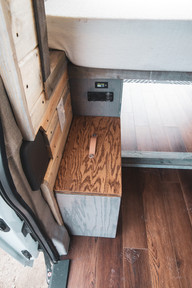 Ford-Transit-Campervan-Conversion-9420.J