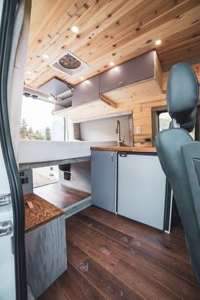 Ford-Transit-Campervan-Conversion-9436.J