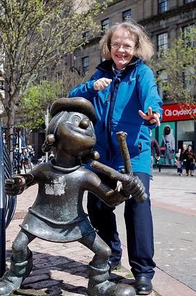 Fiona Mackenzie Tourist Guidee with Minnie the Minx