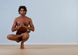 Bikram Yoga, Duncan
