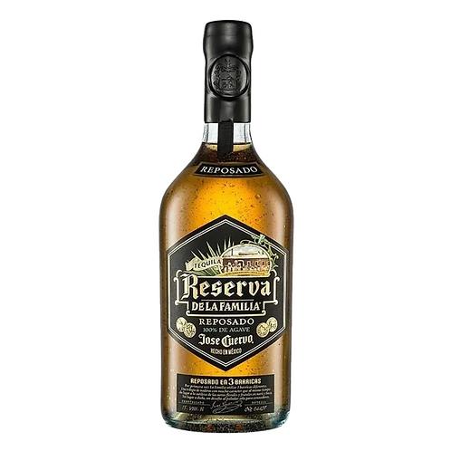 Tequila Reserva  De La Familia Reposado 750ml