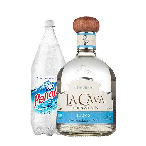 Tequila Cava De Don Agustín Blanco 750ml + Agua Mineral  2L