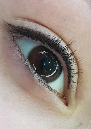 Eyelash Enhancement / classic eyeliner