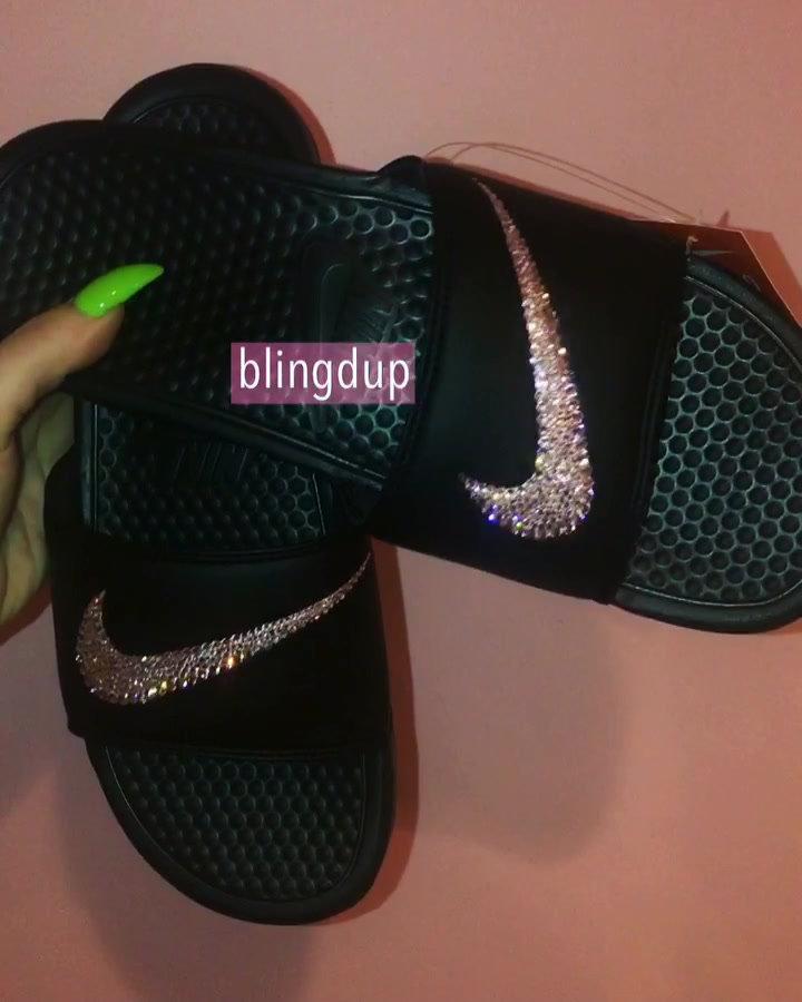 1bd1e649110977 BLACK Nike Bling Swoosh Slides