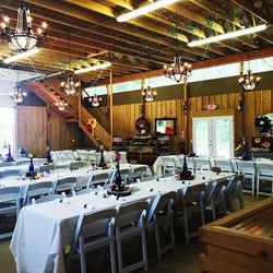 Country wedding at leb #barnwedding#country#tables #setup#laespositabonita #reed#weddinginspo#chande
