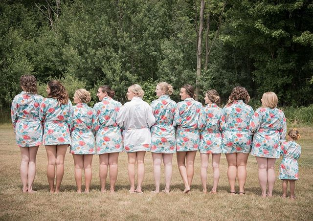 Good #friends will always be #byyourside 💖#bride#bridesmaids #girlpower#flowergirl#floral#robe #hai