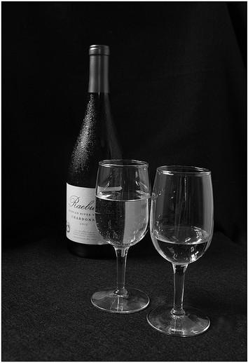 Chardonnay By Sunny Park Award and POM  Small Mono Class B