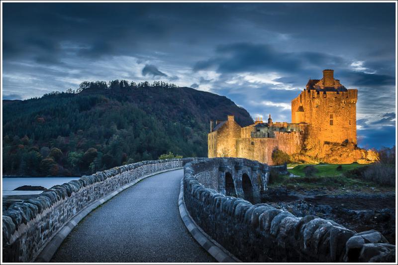 Ellen Donan Castle At  Dusk
