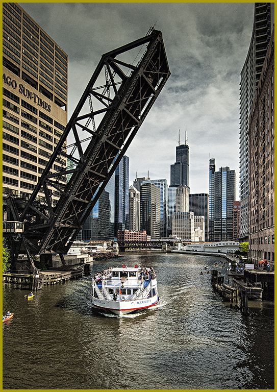 Cruising on the Chicago Rive