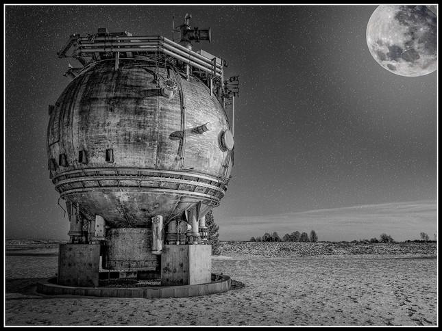 Earthen Moon