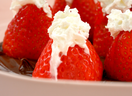 Quick Strawberries and Cream Recipe In a Bed of Nutella
