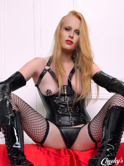 Fetishwear-mistress.jpg